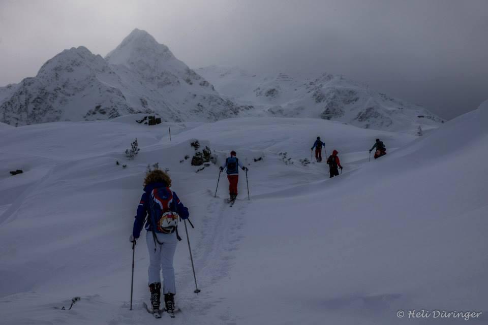 W śniegu i po śniegu | Krzysztofa Burnetki zimowy styl życia